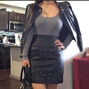 Cynthia Steffe $495 100% leather skirt